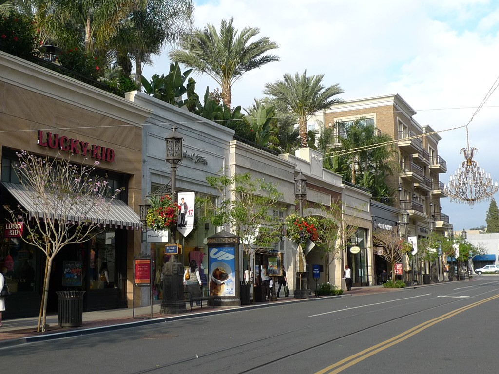 Shops at the Americana at Brand