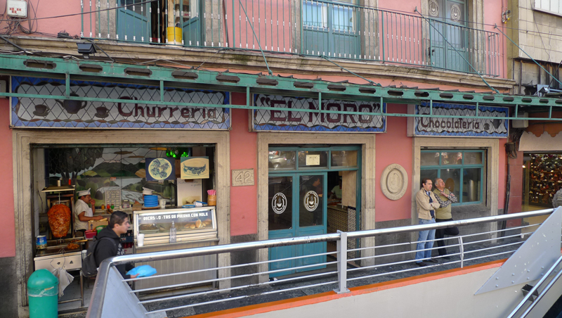 El Moro at Eje Central 42